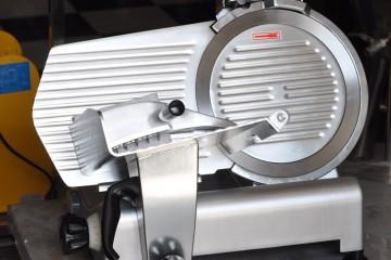 Hướng dẫn vệ sinh và bảo quản máy thái thịt chín ES 250, ES 300
