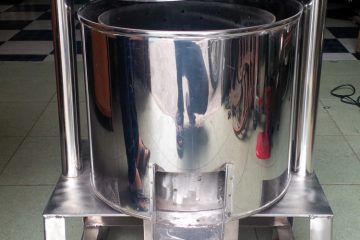 Có nên mua máy ép nước cốt dừa bằng tay không?