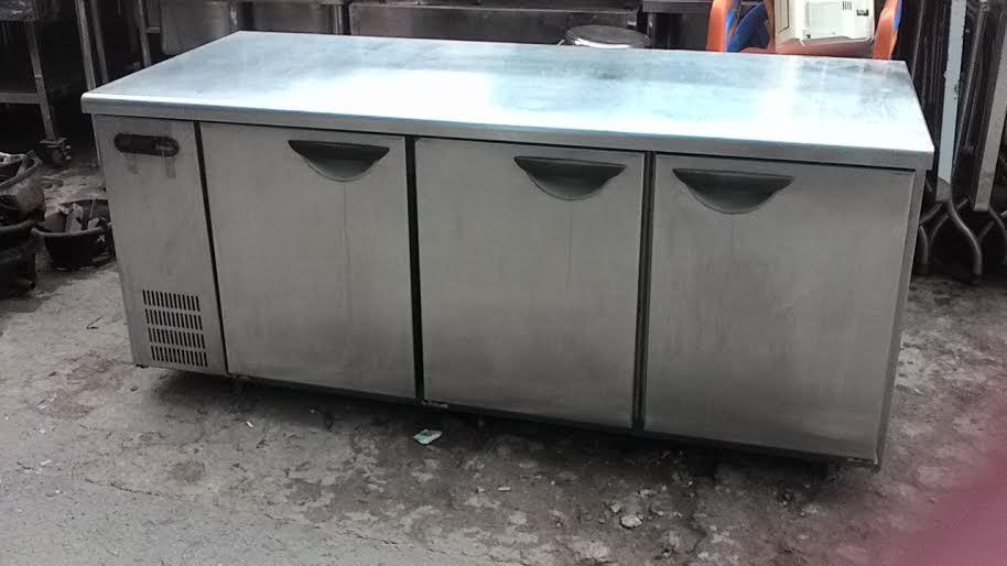 bàn đông sử dụng trong nhà hàng