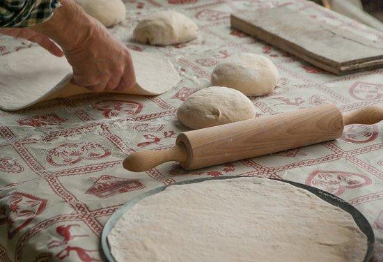Làm bánh bao thủ công